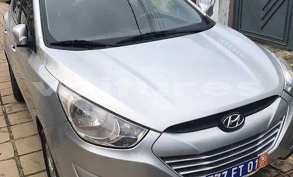 Acheter Voiture Hyundai ix35 Gris à Abidjan en Abidjan