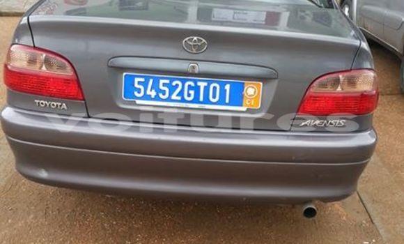Acheter Voiture Toyota Avensis Gris à Abidjan en Abidjan