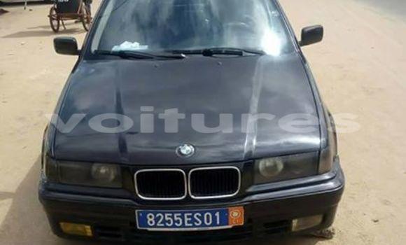 Acheter Voiture BMW 3-Series Noir à Abidjan en Abidjan