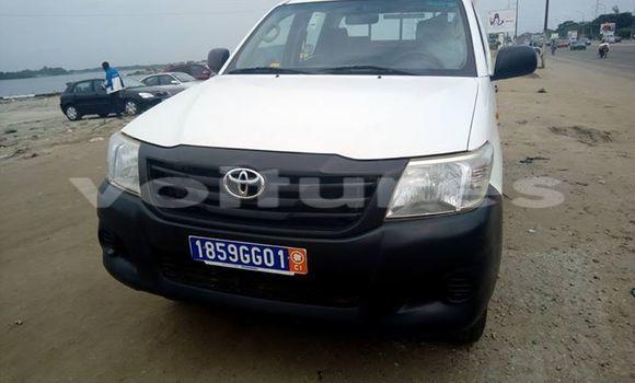 Acheter Voiture Toyota Hilux Blanc à Abidjan en Abidjan